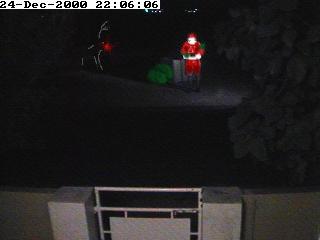 Santa on the StreetCam 2000